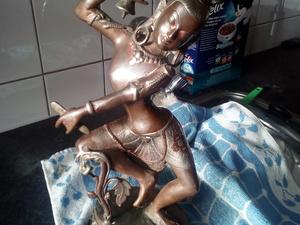 """Antieke Handmade Buddha uit Nepal """"Dancing Dakini""""   38x18x14"""