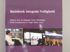 Studieboeken Bestuurskunde (HBO-BSK) / Integrale Veiligheid (HBO-IV)