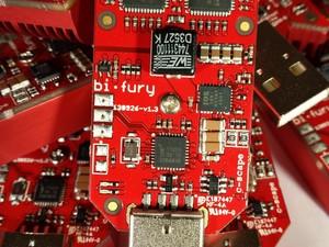 Bi•Fury 5 GH/s USB Miner tekoop (GEEN PRE-ORDER)