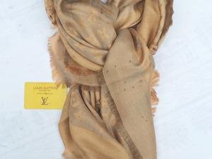 Louis Vuitton Sjaal/ Omslagdoek Goud-Bruin