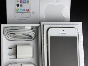Iphone 5s   32 gb 2maanden oud met garantie en bon